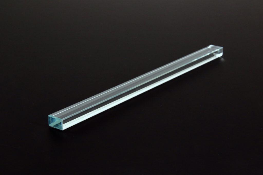 高透過ガラス(15mm×10mm×240mm)